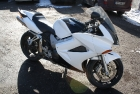 Дизайн-покраска черно-белого Superbike Honda