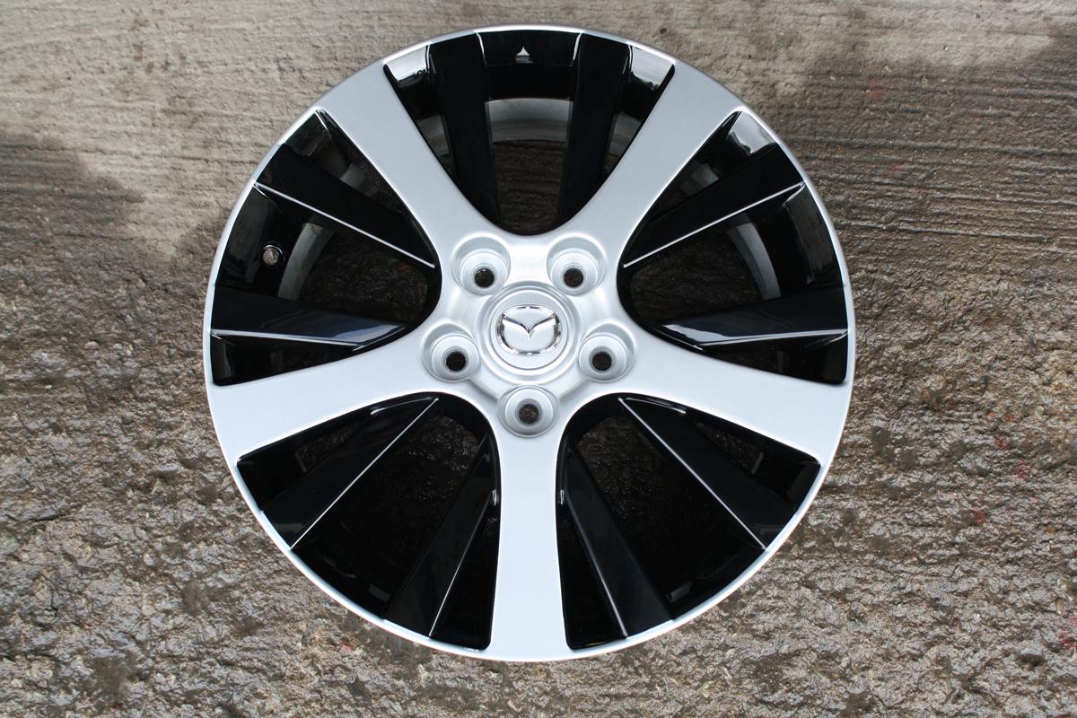 Black-Silver Rims Design Paint Job