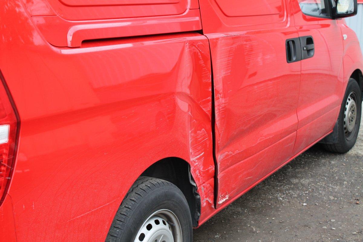 Реставрация заднего крыла Hyundai H1