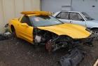 Kollane Corvette Muutub Mustaks - Samm 1 (Enne Restaureerimist)
