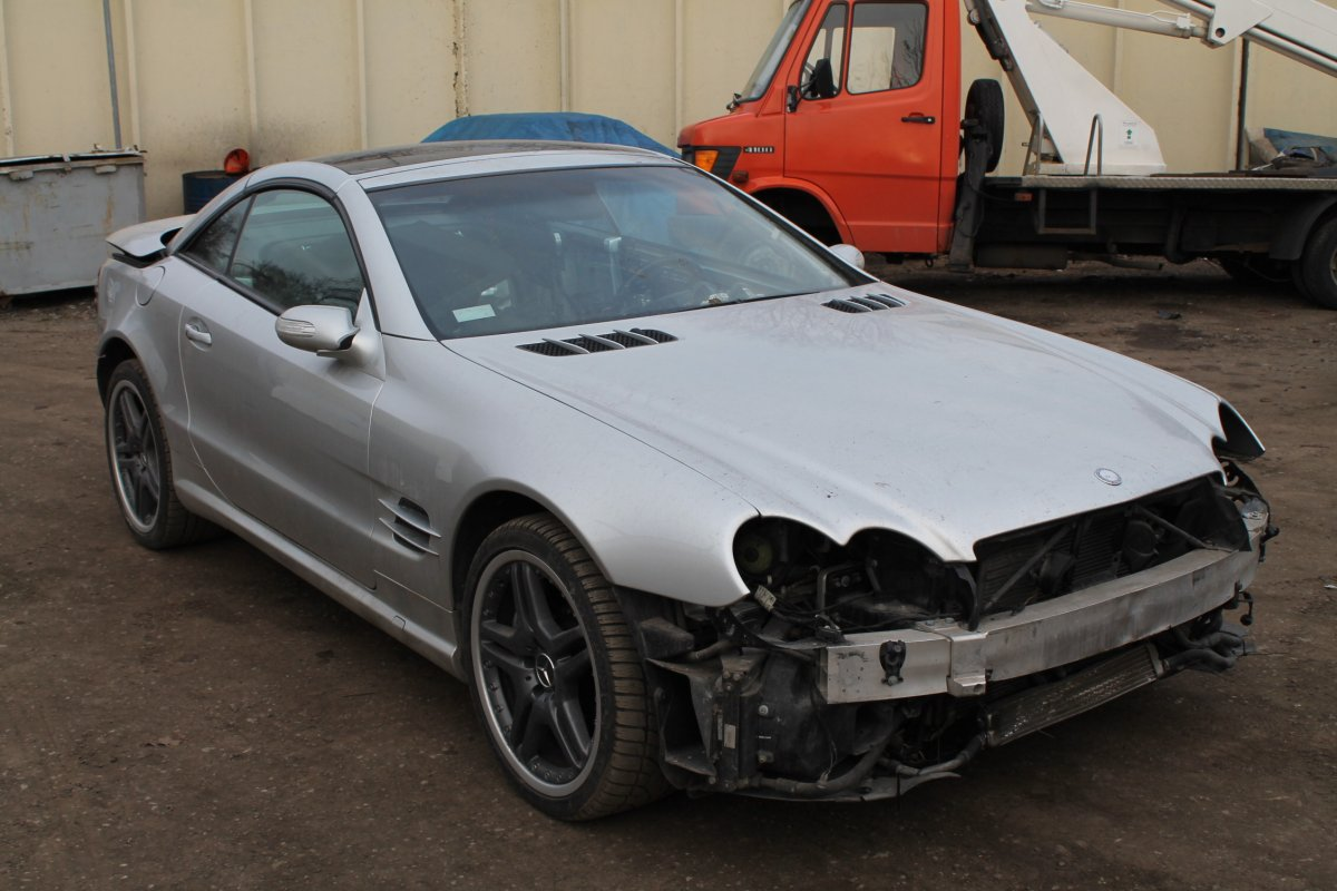 Mercedes SL Facelift!!! - Step 1 (Before Lifting)