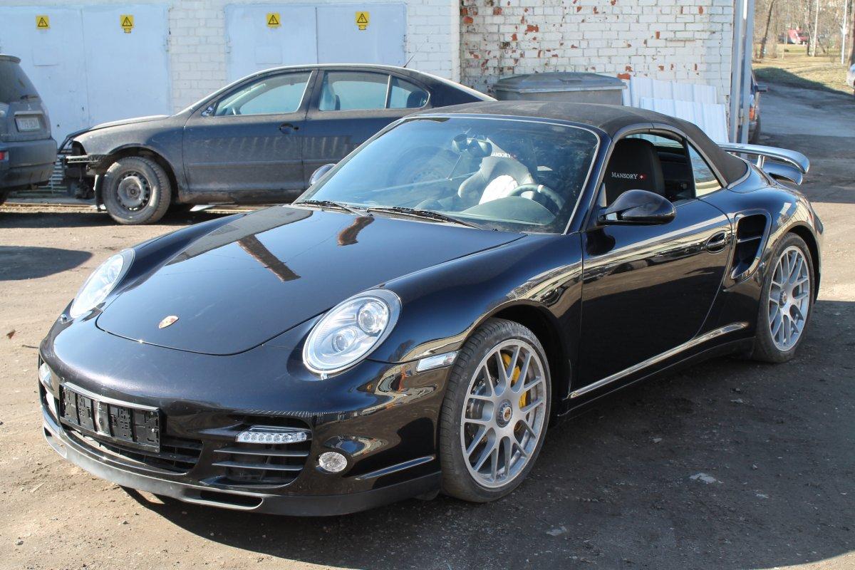 Porsche 911 Turbo - Samm 2 (Remonditud)