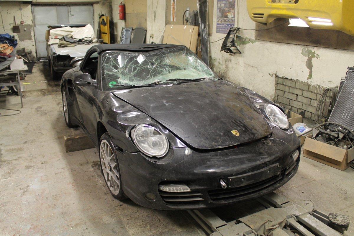 Porsche 911 Turbo - Шаг 1 (процесс ремонта)