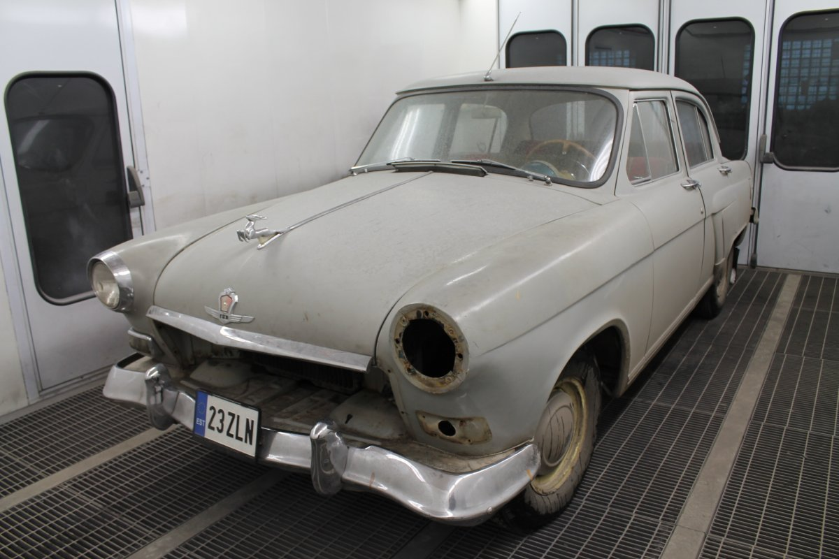 Volga 21 - Step 1 (Before Restauration)