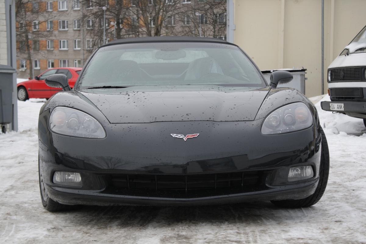 Полная покраска черного Corvette 2010